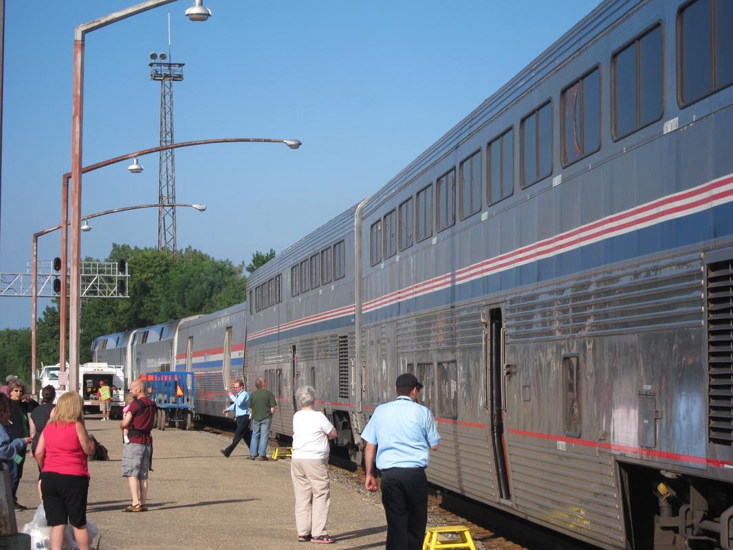 travel train across america empire builder line